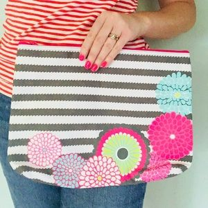 🆕 Thirty-One Large Floral Canvas Zipper Pouch